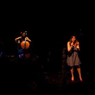 Maria Bou i Laia Rius. Fotografia Daniel Sesé
